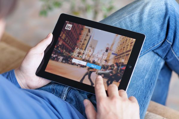 How to Write a LinkedIn Recommendation in 2019 Quick Tip