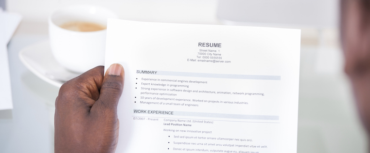 A Visual Guide to Properly Formatting Your Resume Infographic