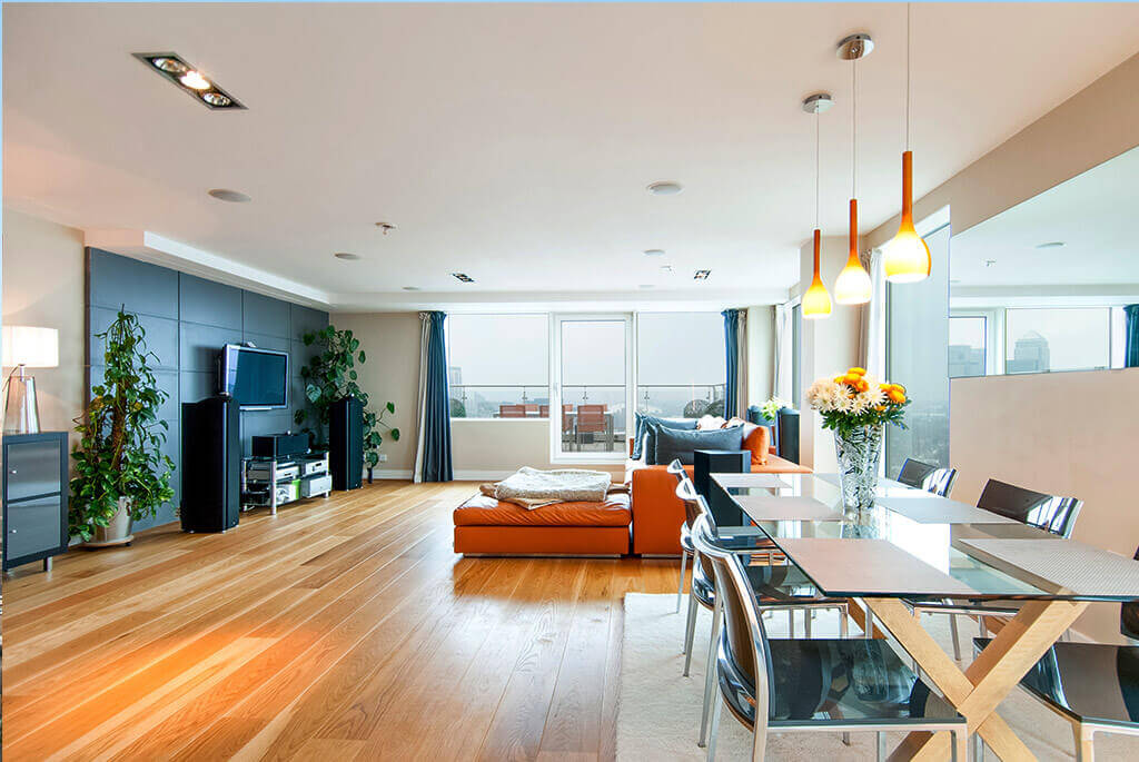 Stunning 3 Bedroom Penthouse in The Aragon Tower, Canary Wharf, Docklands, SE8