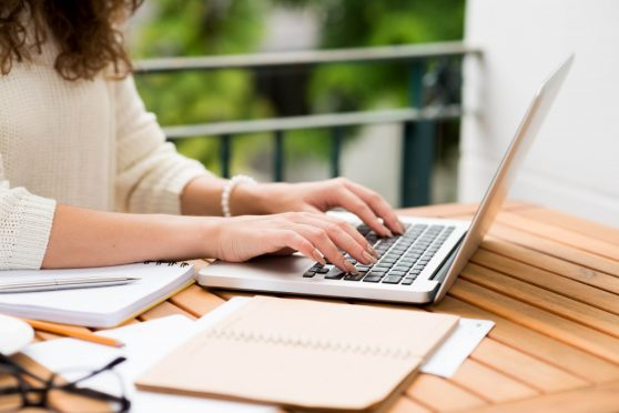 Boost your chance of getting that content writing internship - writing internships online