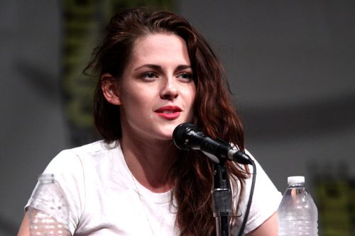 Kristen Stewart (short film and movie news)