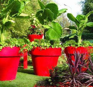 Les pots serralunga mettent de la couleur dans votre ext rieur le blog jardinchic - Le mas des pots rouges ...