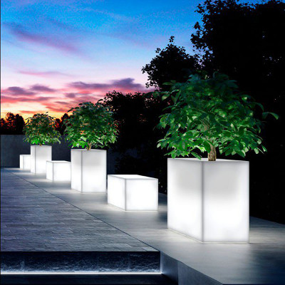 Jardinière Kube High Light et Bancs Kube Light
