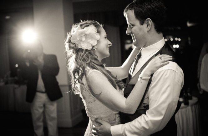 First dance photos by NYC wedding photojournalist, Kelly Williams