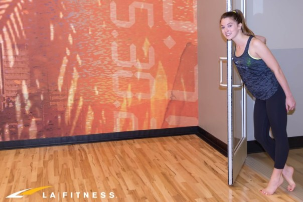 LA-Fitness-Blog-The-Complete-Guide-to-Taking-Your-First-Yoga-Class-1-3