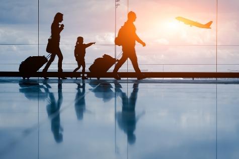 viaggiare in aereo con bambini