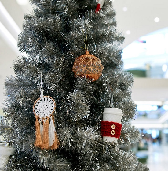 6 Places to Find the Perfect Holiday Ornaments 55425 - contemporary christmas decorationshallmark christmas decorations