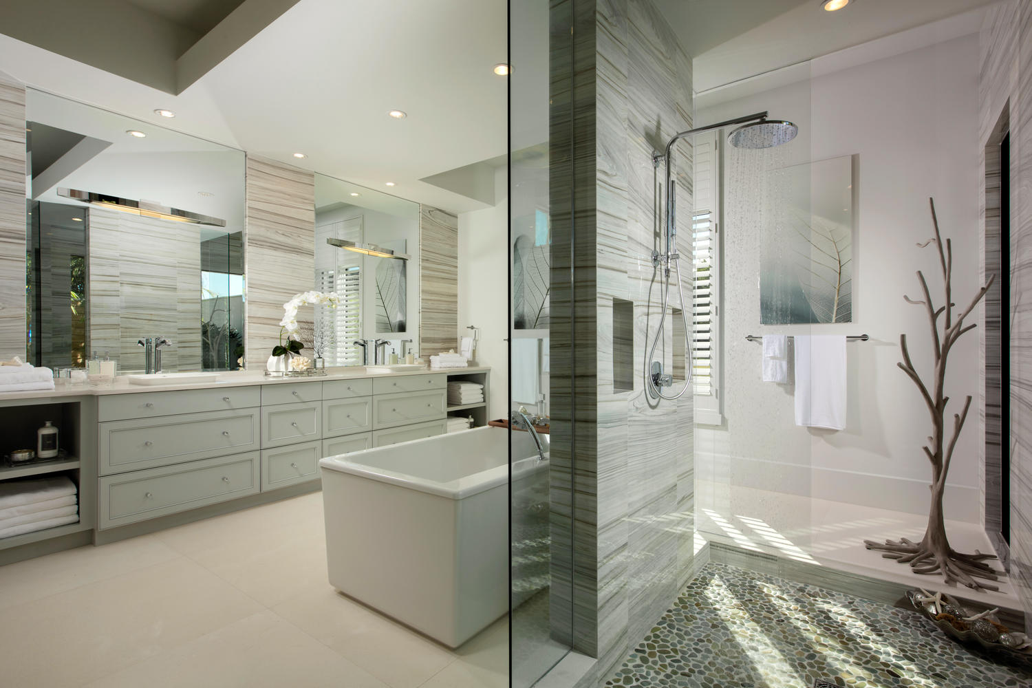 Rejuvenate Your Senses With Luxury Master Bathroom Designs