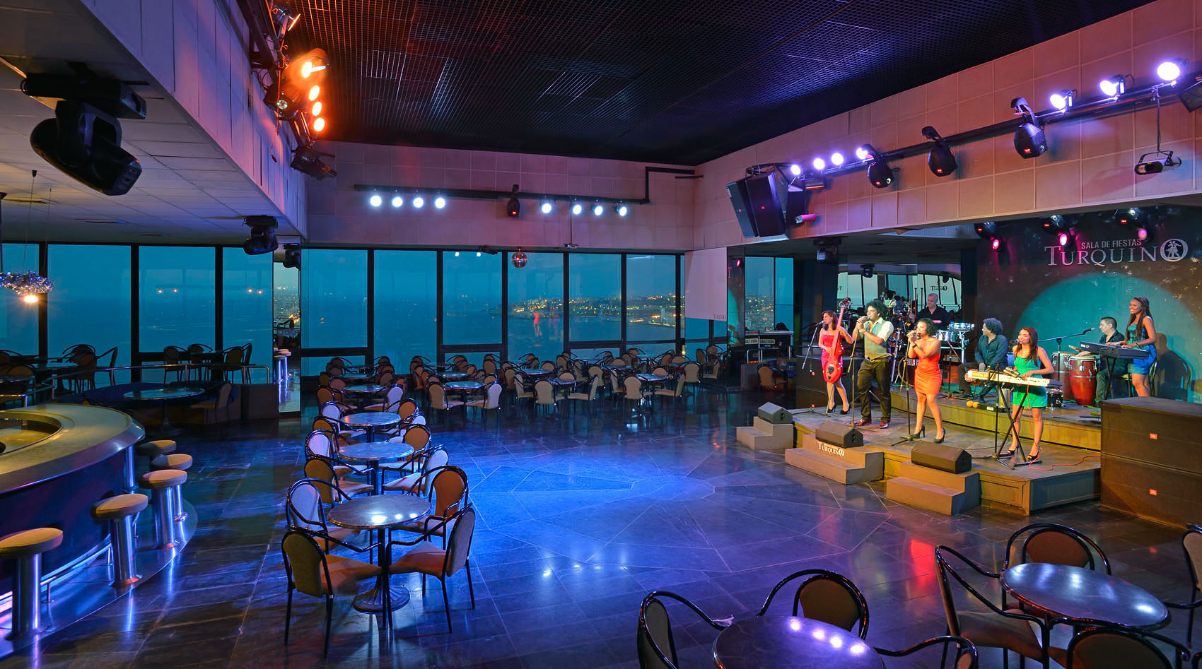 Tryp Habana Libre Cuba Cabaret Turquino A Stroll Through The Stars Blog