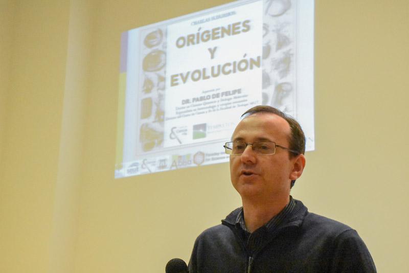 Conferencia Origenes y Evolucion Charla Suburbios 4