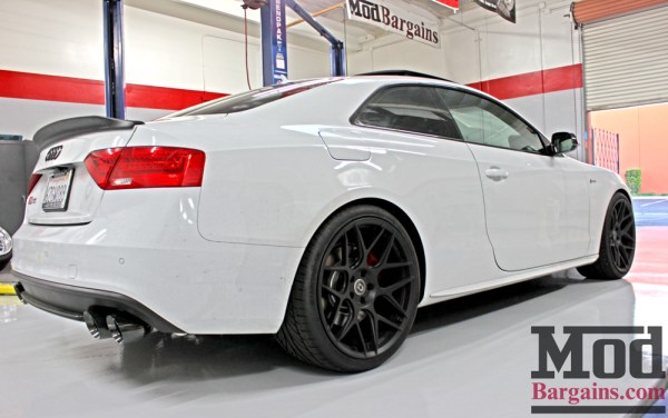 Quick Snap: Audi S5 on HRE FF01 Wheels gets loud with AWE Tuning Exhaust Installed
