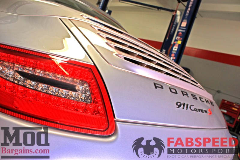 Porsche_997_Carrera_S_black_ed_Fabspeed_Maxflo_Mufflers_P997.SOUT_IMG018