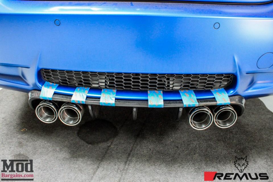 BMW_E92_Frozen_Blue_M3_Remus_US_RACE_CF_Lip_CSL_details-17