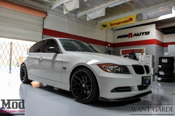 E90 BMW 330i on Avant Garde M359 Wheels Gets Carbon Fiber Makeover @ ModAuto