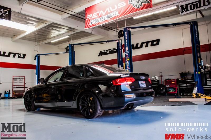 Audi_B8_A4_Black_RS_Grille_VMR_V701_MB-23
