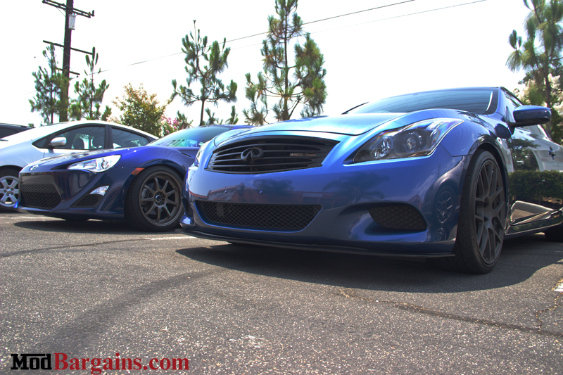 Infiniti_G37_Blue_TSW_with_FRS_lineup_img002