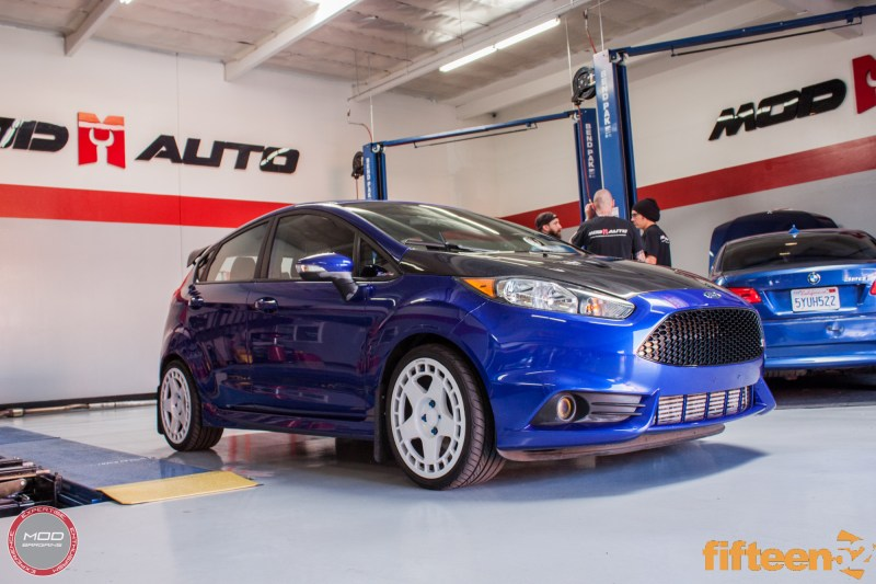 Ford_Fiesta_ST_Fifteen52_Turbomac_Seibon_CF_Hood_Luis_Lara (34)