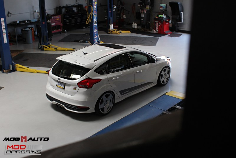 Ford_Focus_ST_2016_Mountune_MP275_Fifteen52_Tarmac_Silver (41)