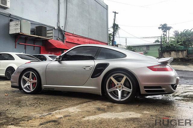 ruger-mesh-19x85-19x11-satin-silver-ruger-five-porsche-997tt-911-turbo-img001