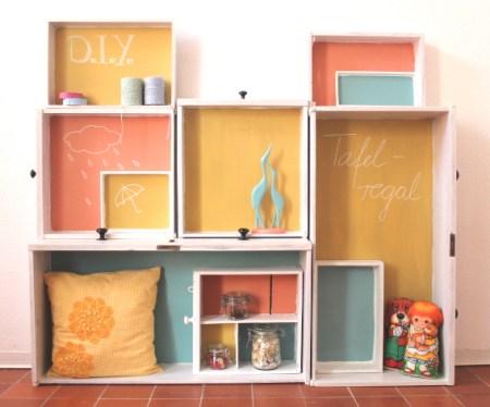 tafelfarbe selbermachen ein regal aus schubladen bauen diy n hmarie. Black Bedroom Furniture Sets. Home Design Ideas