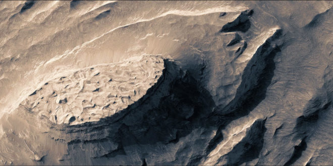 A Stunning Video of Mars That Took Three Months to Stitch Together—by Hand