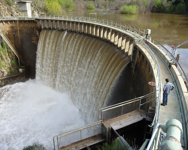 Fish, Frogs, and People to Benefit from Biggest Dam-Removal Project