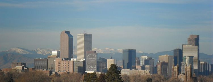 Denver Skyline. Foto: Hogs555/wikimedia.org; CC-BY-SA 3.0