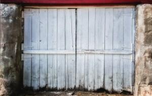 canstockphoto10816297barn doors
