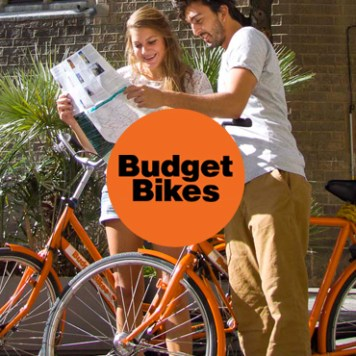 A bike tour and tapas tasting with Budget Bikes - Barcelona