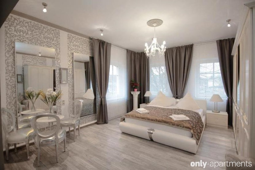 luxury apartments. Black Bedroom Furniture Sets. Home Design Ideas