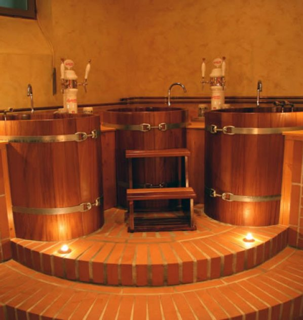 Pivni lazne BBB prague beer spa