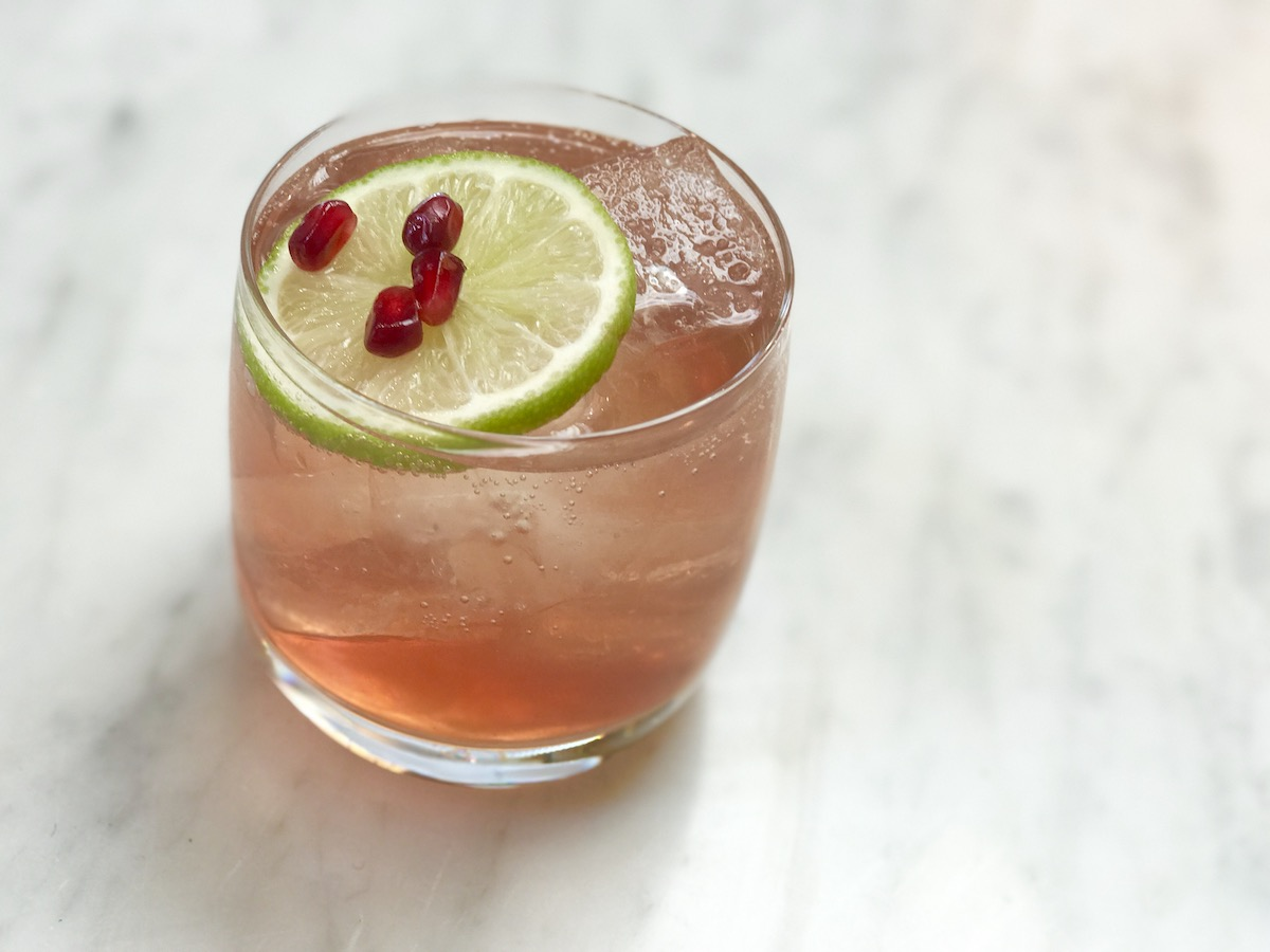 Gin Cocktails Fit For A Queen 12 Royally Good Gin Cocktails To Order Now