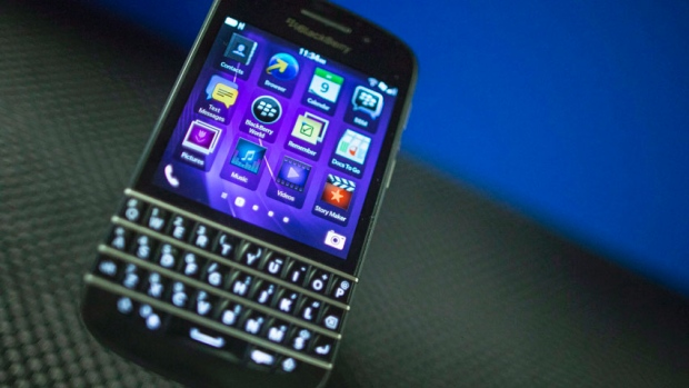 hi-852-blackberry-q10-04774017