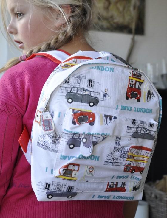 Travel backpacks for kids hong kong