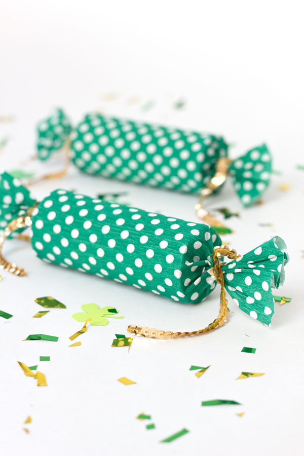 DIY-Lucky-Confetti-Poppers