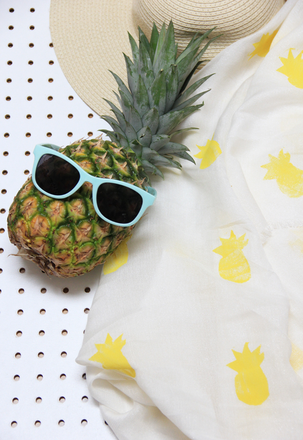 pineapplescarf_edited-1