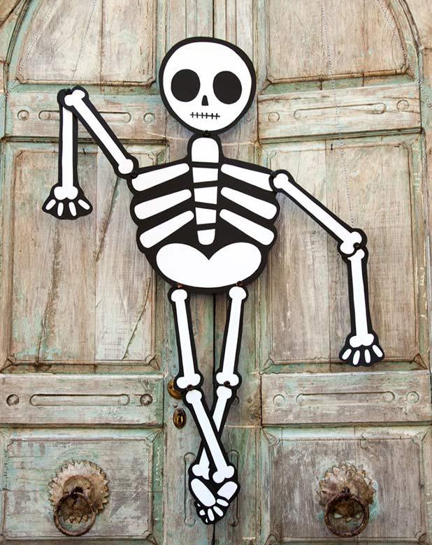 HC-halloweenSkeleton