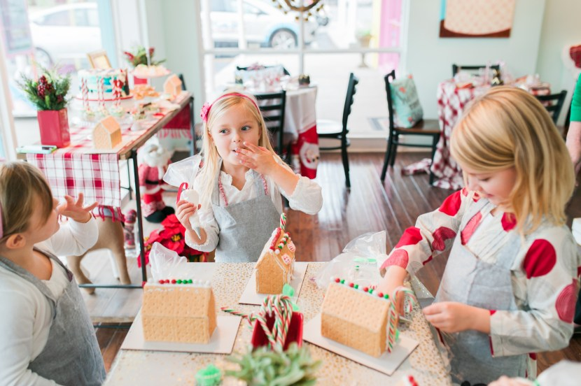 Cake Decorating Classes Near Charlotte Nc : Gingerbread House Making Party