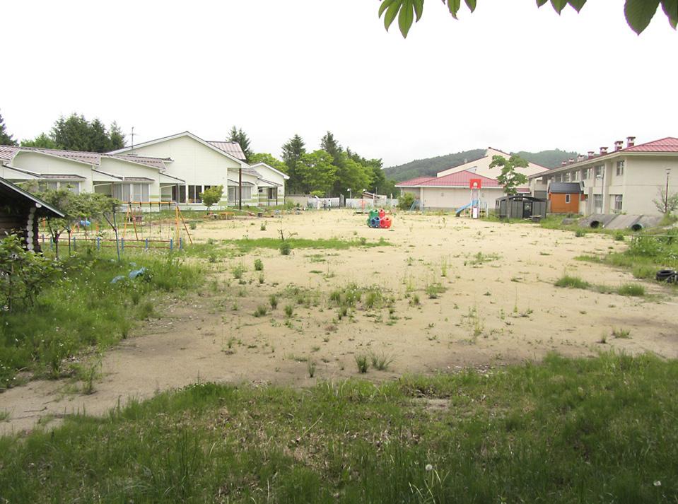 Iitate schoolyard