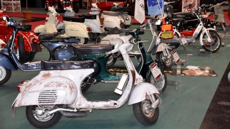 classic-expo-vespa-25