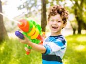 Boy-with-water-gun