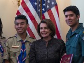 Nancy-Pelosi-with-Scouts