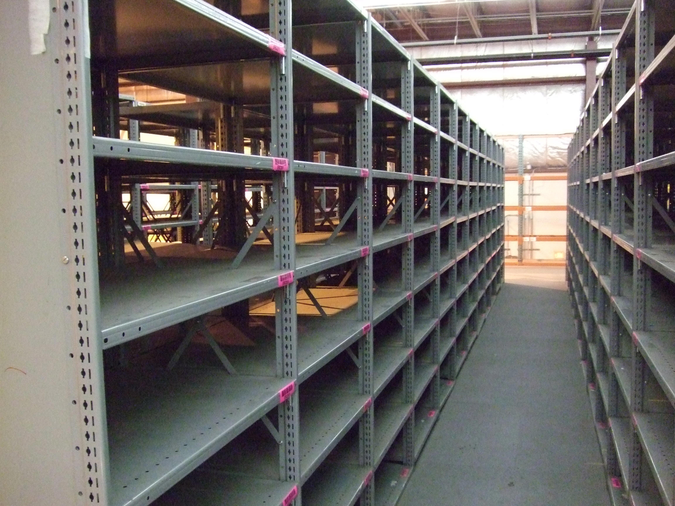 Metal Shelving All About Steel Clip Shelving Shelving