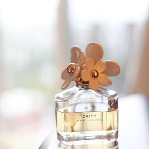 blog sittakarina - 10 Pilihan Parfum Low-Budget Beraroma Fresh 2