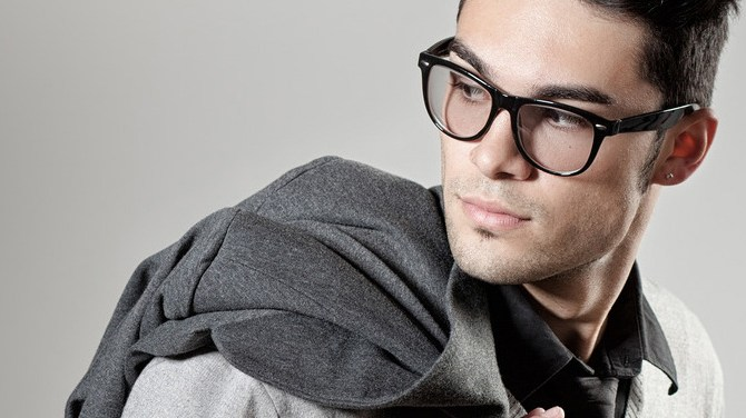 For Guys: How To Look Stylish In Glasses
