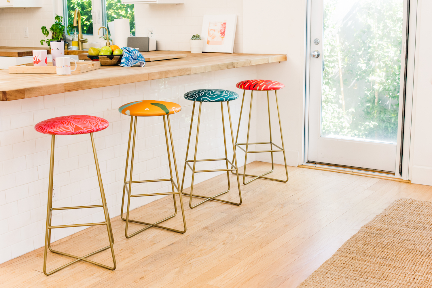 Countertops For Bars Our Foolproof Guide To Buying The Right Bar Stools Society6 Blog