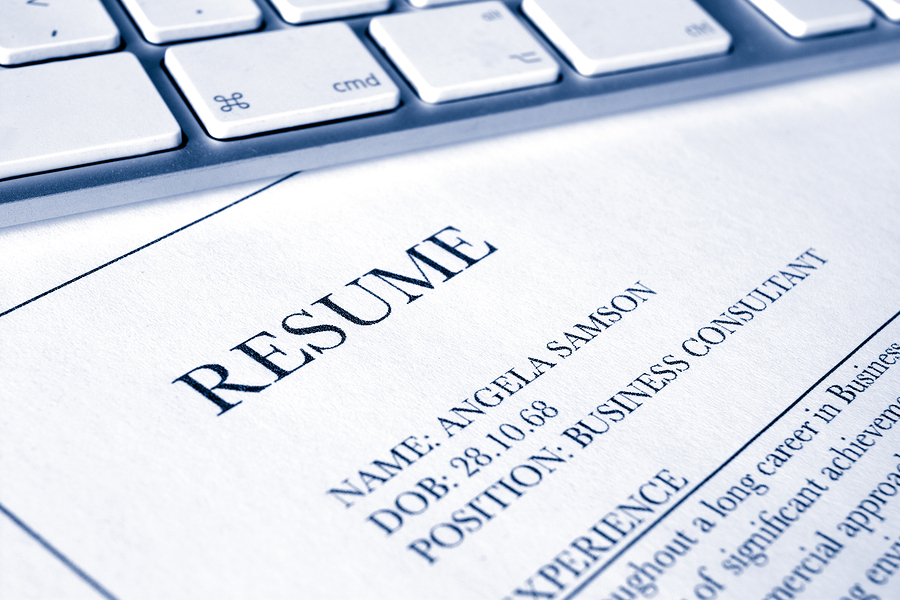 How to Manage Employment Gaps On Your Resume - Spark Hire