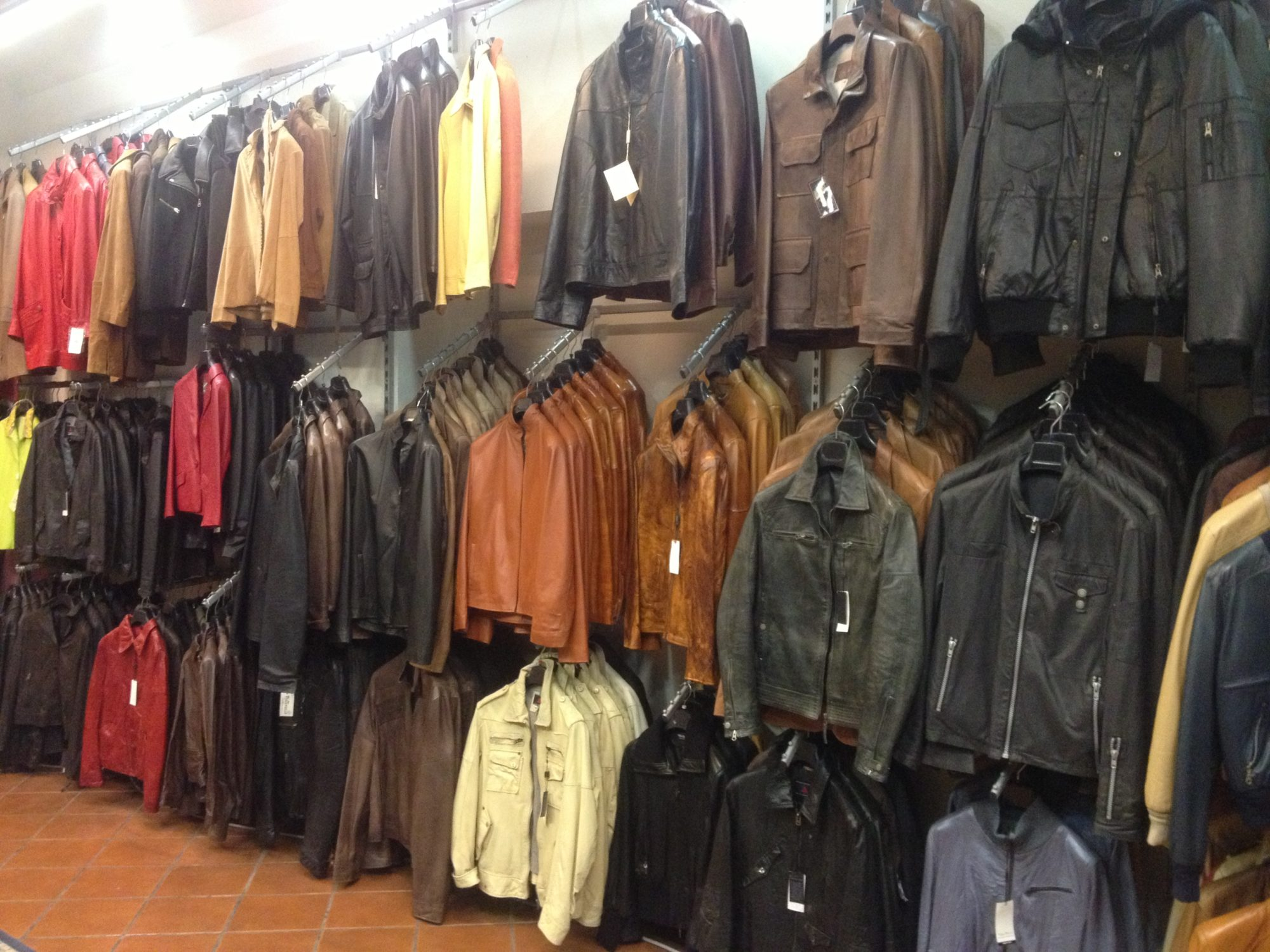 Leather Shop High Quality And Tailor Made Leather Goods In Florence Italy
