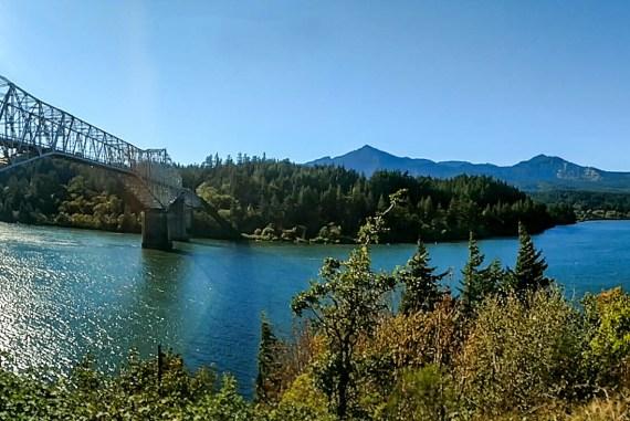 Cascade Locks Bridge of the Gods Oregon