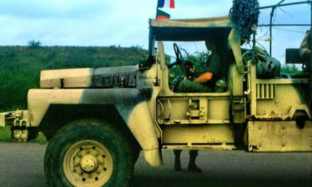 French legionaires outside of Kismaayo - Somalia 1992